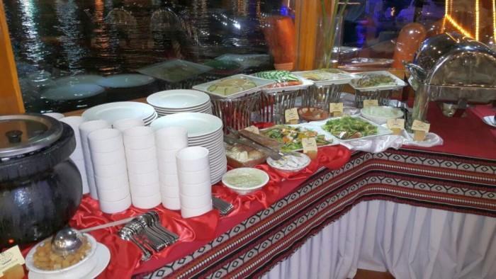 Dhow Cruise Dinner in Dubai